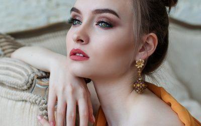 Le Top 10 du Maquillage des Yeux Bleus.